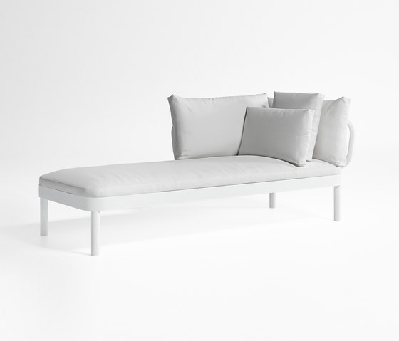 Tropez Chaiselongue by GANDIABLASCO | Sun loungers