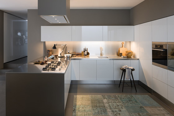 Gamma ambiente 3 by Arclinea | Fitted kitchens