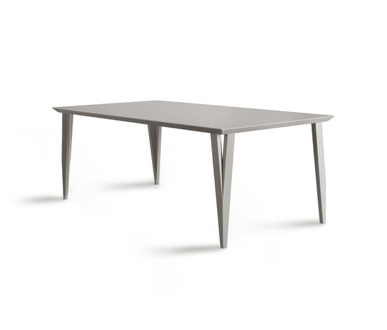 Bellimbusto table by Morelato | Dining tables