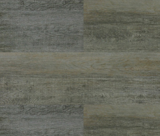Expona Design - Silvered Driftwood Wood Rough by objectflor | Plastic flooring