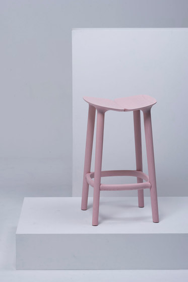 Osso Counter Stool | MC3 de Mattiazzi | Taburetes de bar