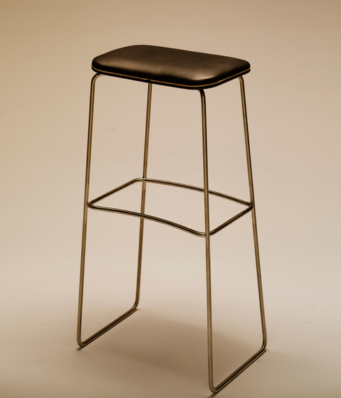 P.1 780 by PWH Furniture | Bar stools