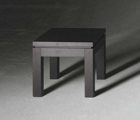 Douglas Low table 50-C by Meridiani | Side tables