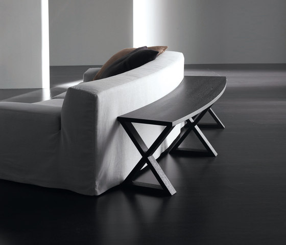 Cruis Console curved by Meridiani | Console tables