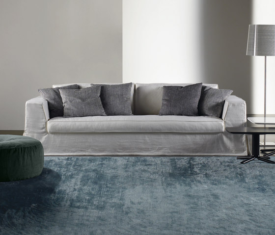 Guinn Sofa by Meridiani | Lounge sofas