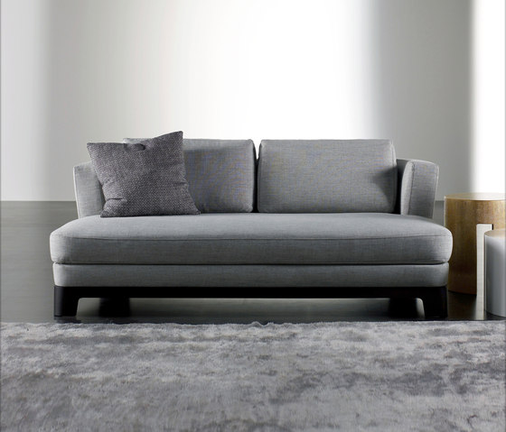 Keeton Due Sofa by Meridiani | Lounge chairs
