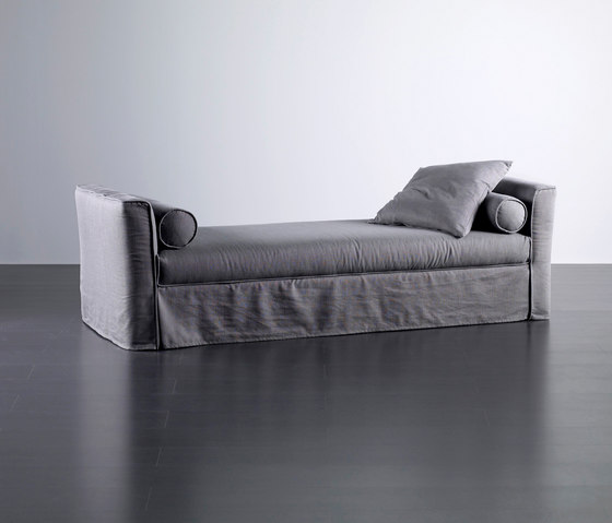 Law Dormeuse by Meridiani | Sofa beds