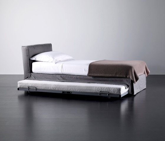 Law Bed by Meridiani | Single beds