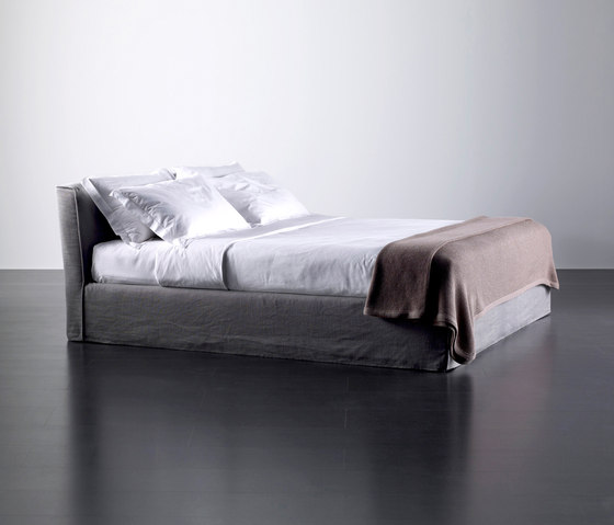 Law Bed by Meridiani | Double beds