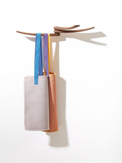 Wing by Arper | Coat racks