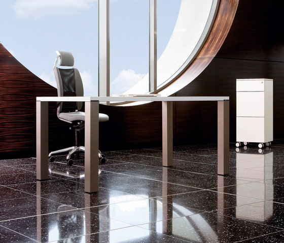 iONE Work station by LEUWICO | Desking systems