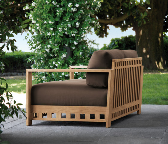 Square Sofa by Meridiani | Garden sofas