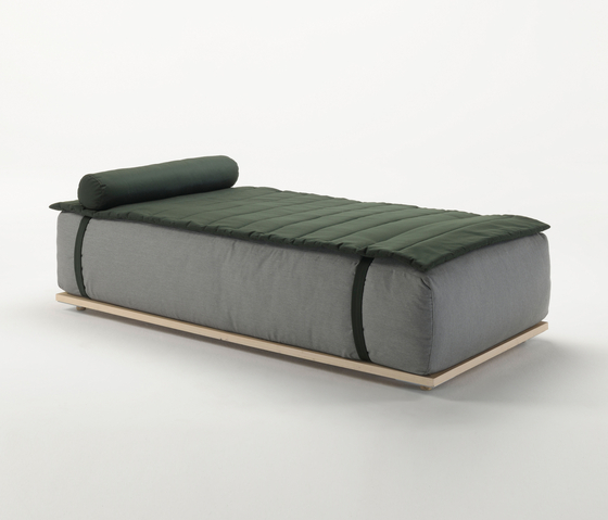 Claud Day Bed by Meridiani | Seating islands