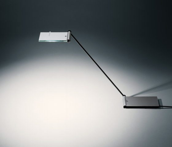 ZETT by Baltensweiler | Reading lights