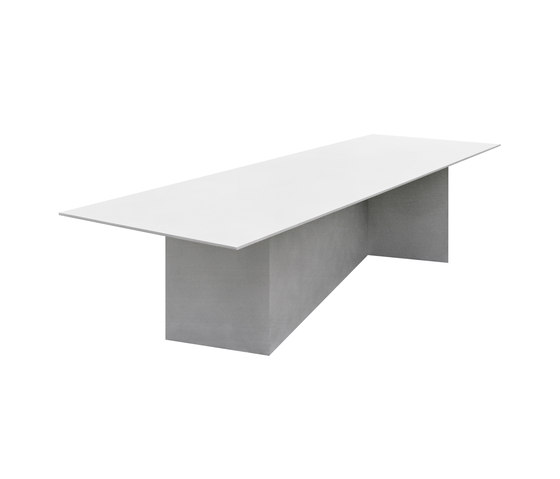 Z TABLE by e15 | Dining tables