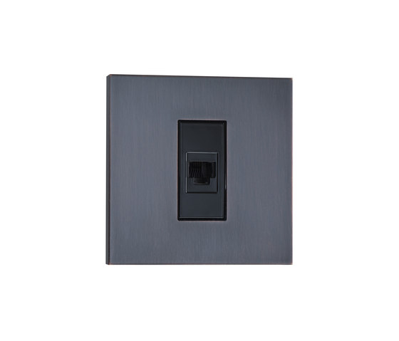 Paris CF canon de fusil by Luxonov | USB power sockets