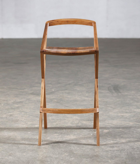 7 Highchair by Artisan | Bar stools