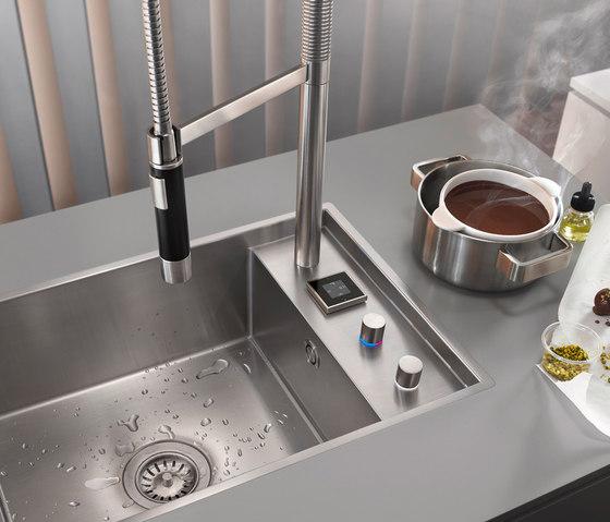 eUnit - Electronic control by Dornbracht | Kitchen taps