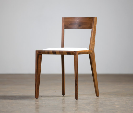 Hanny Chair by Artisan | Restaurant chairs