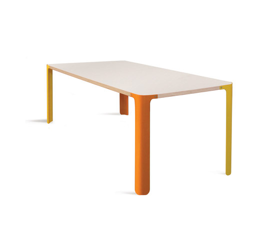 Luup Coffee Table by David Trubridge | Lounge tables