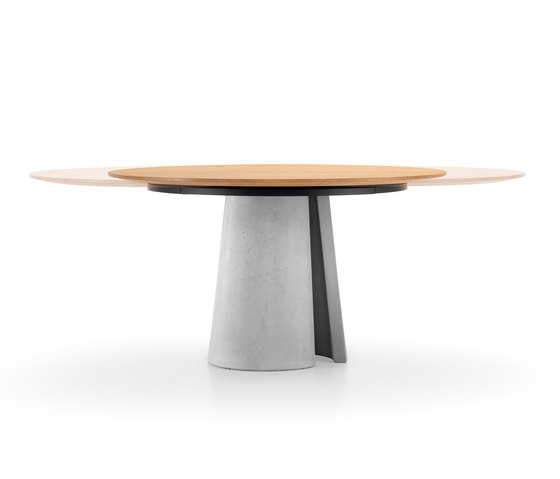 ANTO Table by Girsberger | Dining tables