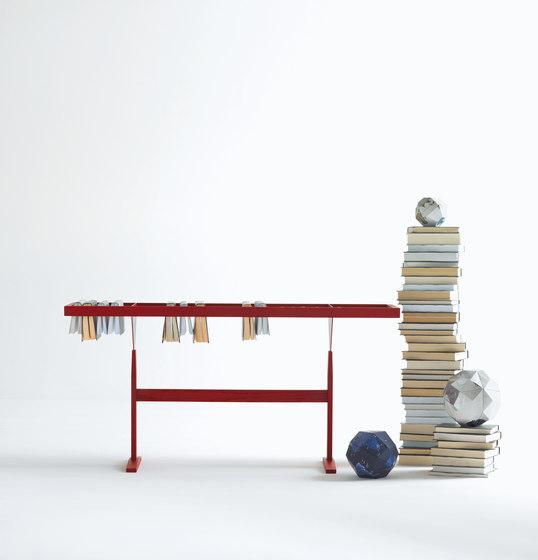 Booken by LEMA | Magazine shelves