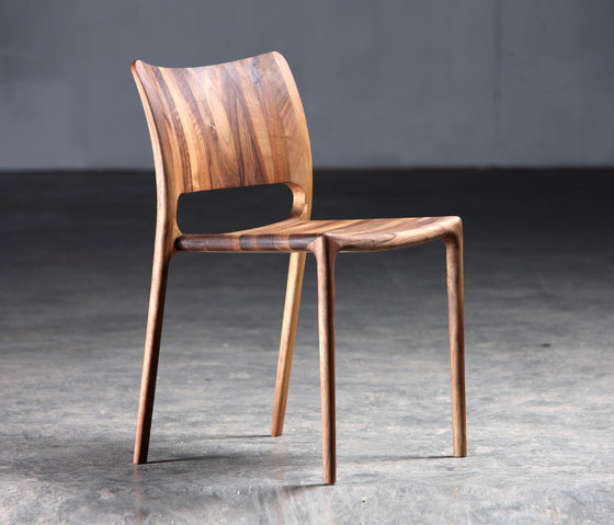 Latus Chair by Artisan | Restaurant chairs