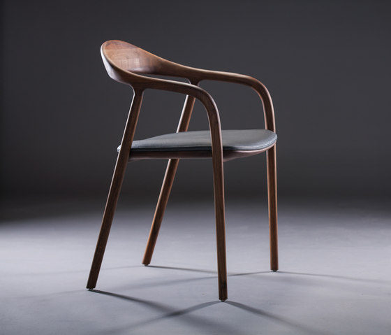 Neva Chair by Artisan | Visitors chairs / Side chairs