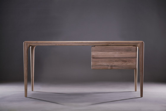 Latus working desk by Artisan | Desks