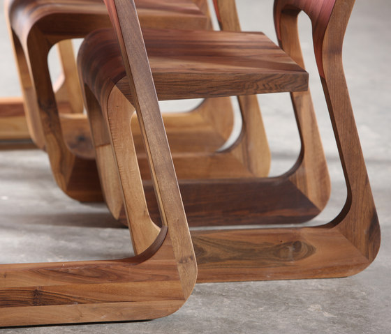 Steek Chair by Artisan | Restaurant chairs