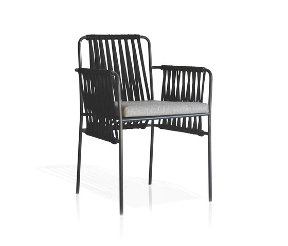 Nido Hand-woven dining armchair by Expormim | Garden chairs