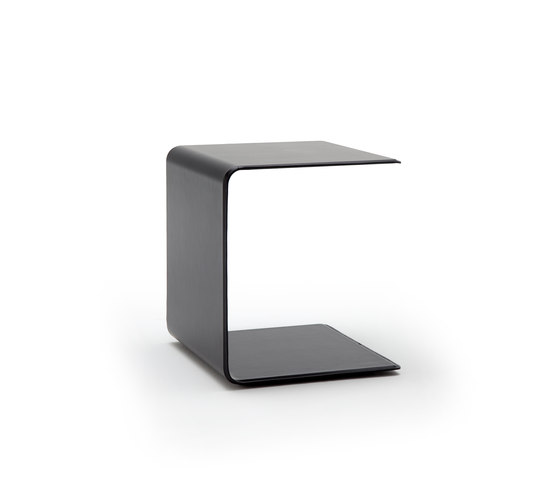 Rolf Benz 940 by Rolf Benz | Side tables