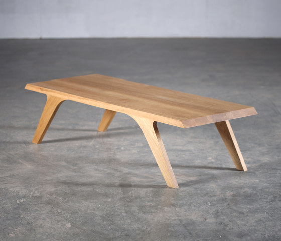 Uno Coffee Table by Artisan | Lounge tables