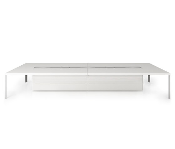 C8 Conference table by Holzmedia | Multimedia conference tables