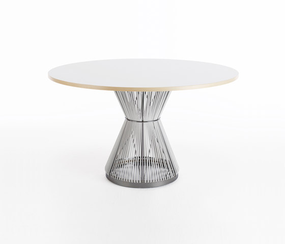 Hide HI312 by Karl Andersson | Meeting room tables
