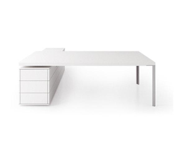 D2 Desk system by Holzmedia | Individual desks