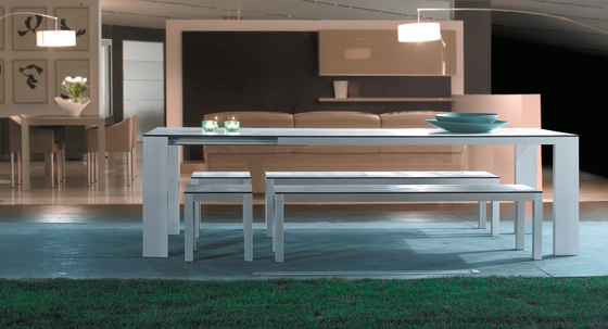 Mar de Aluminio Extending Tables by Sistema Midi | Dining tables