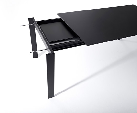 Grid table by Desalto | Multipurpose tables