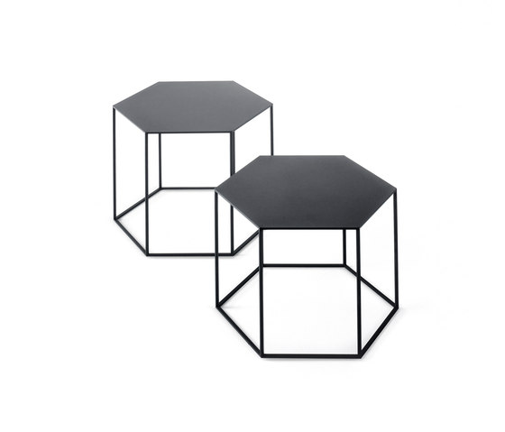 Hexagon small table by Desalto | Side tables