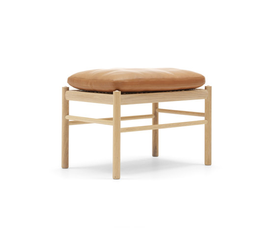 OW149-F Colonial footrest by Carl Hansen & Søn | Ottomans