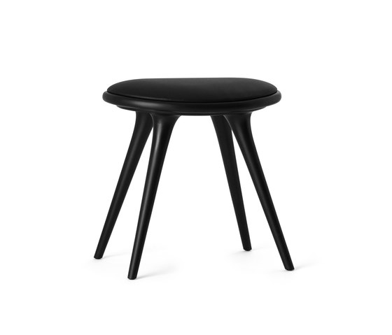 Low Stool black stained hardwood 47 de Mater | Taburetes