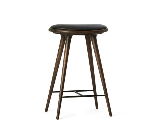 High Stool sirka grey stained oak 69 von Mater | Barhocker