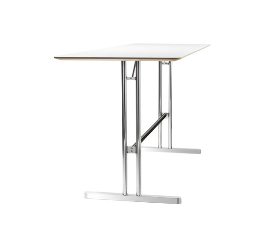 Disc Up by Skandiform | Standing meeting tables