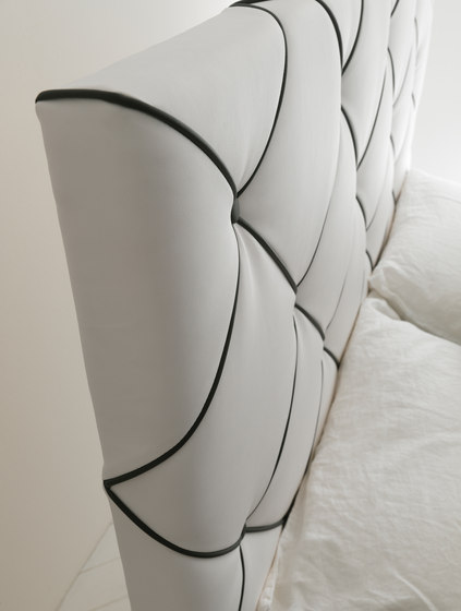 Dubai by Bolzan Letti | Double beds