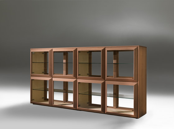 Kvadro by Porada | Display cabinets
