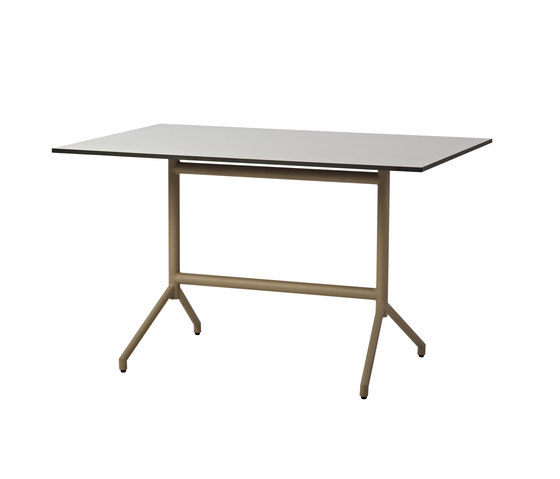 Avenue dining table de Cane-line | Tables de cafétéria