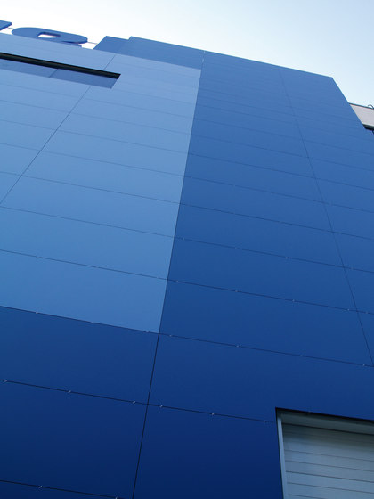 Facade | Colorfeel Cobalto by Neolith | Facade design