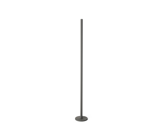 LO Floor Candlestick Antracite 120 de Röshults | Bougeoirs