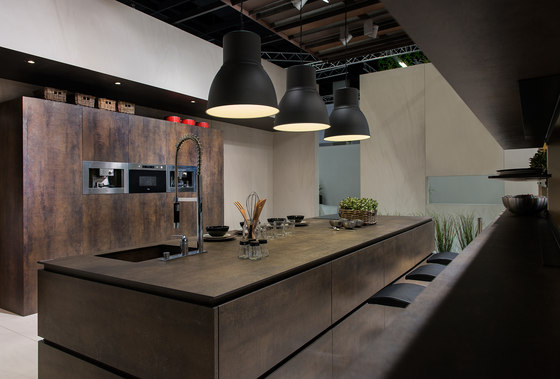 Kitchen | Iron Moss by Neolith | Ceramic panels