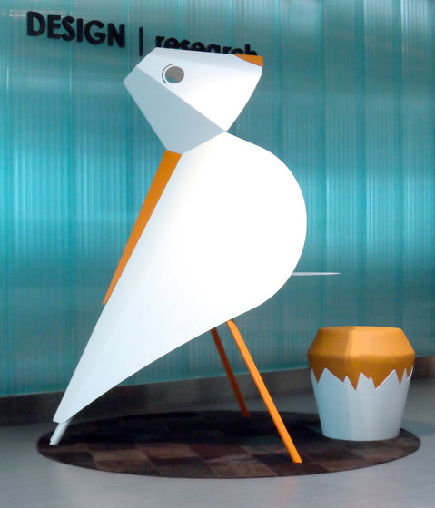 DV300-Pop desk by DVO   Desks